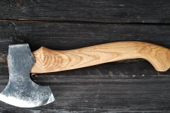 Garving axe